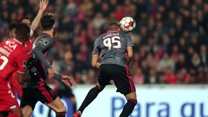 Benfica abate Gil Vicente e regressa à liderança da Liga