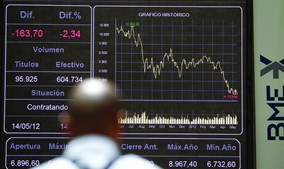 Investidores estão receosos com os efeitos que a propagação do Covid-19 poderá ter na economia, o que está a levar a perdas substanciais nas bolsas de todo o Mundo