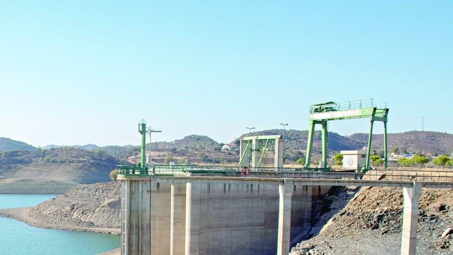 Odeleite, na bacia hidrográfica do rio Guadiana, registava 40% de volume