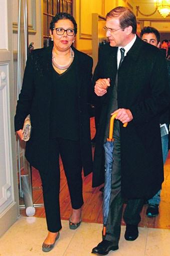 Laura e Passos Coelho mostraram-se sempre unidos na doença