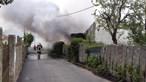 Incêndio deflagra em anexo de casa em Espinho