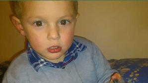 Mata filho de três anos e atira corpo ao rio para poder ir de férias