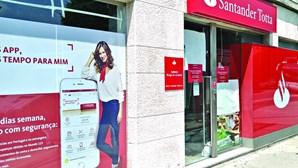 Santander encerra 60 balcões em 2020 em Portugal e prevê fechar mais até ao final de março