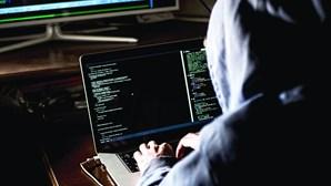 Grupo de piratas informáticos português reivindica ataque a 61 sites do Brasil