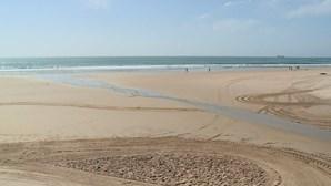 Praias interditadas em todo o País. Saiba mais no microsite do CM sobre o coronavírus