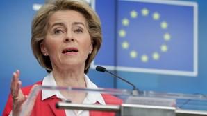 Von der Leyen debate fundo europeu de recuperação pós-crise gerada pela covid-19 com eurodeputados