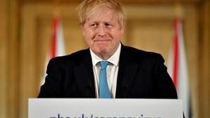 """""""É um lutador e vai recuperar"""": Secretário das Relações Externas garante que Boris Johnson está estável"""