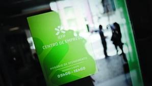 Desemprego dispara no Algarve e em Lisboa
