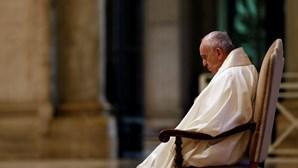"""""""Rezemos pelas vítimas e famílias"""": Papa apela à comunidade internacional que ajude o Líbano"""