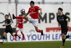 Benfica nos 'quartos' da UEFA Youth League ao bater Liverpool