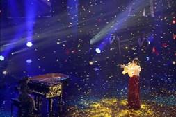 E o vencedor do Festival da Canção é...Elisa com a música 'Medo de Sentir'