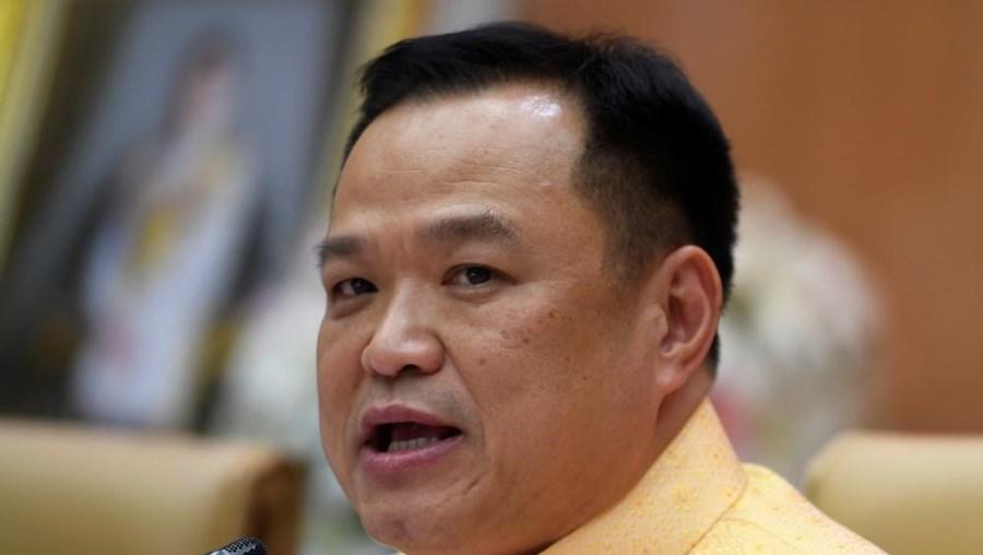 Anutin Charnvirakul, vice-primeiro-ministro tailandês