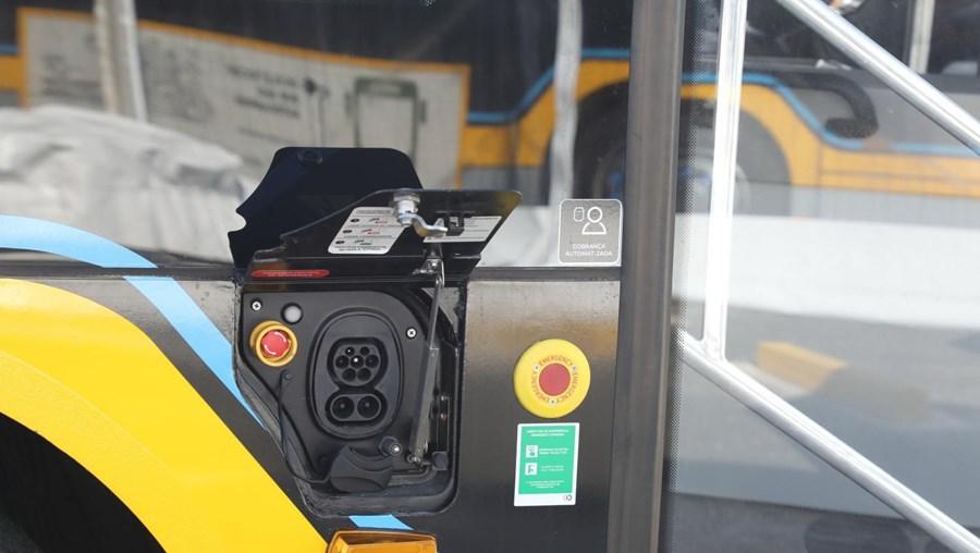 Carris inaugura novos autocarros elétricos em Lisboa