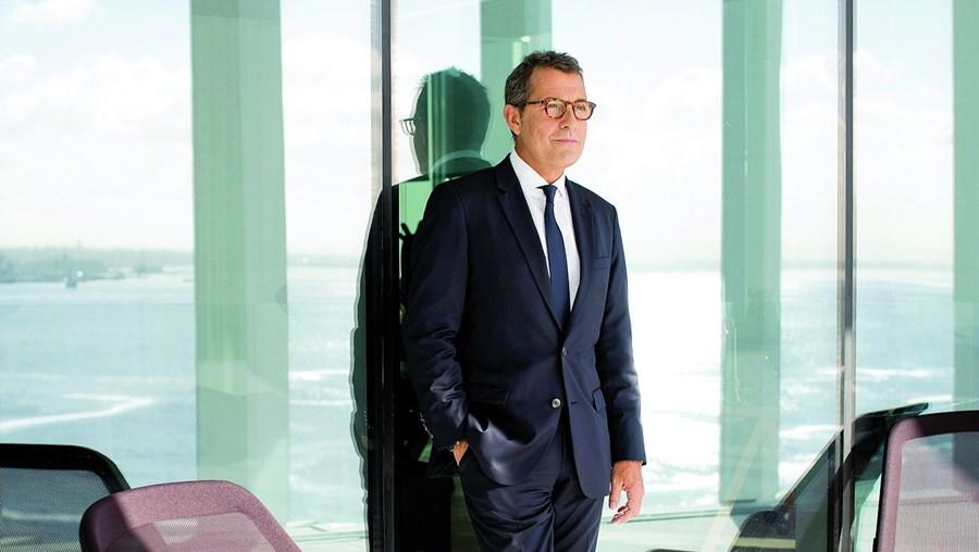 António Mexia é dos gestores de empresas mais bem pagos no País, mas também um dos que mais pagam impostos