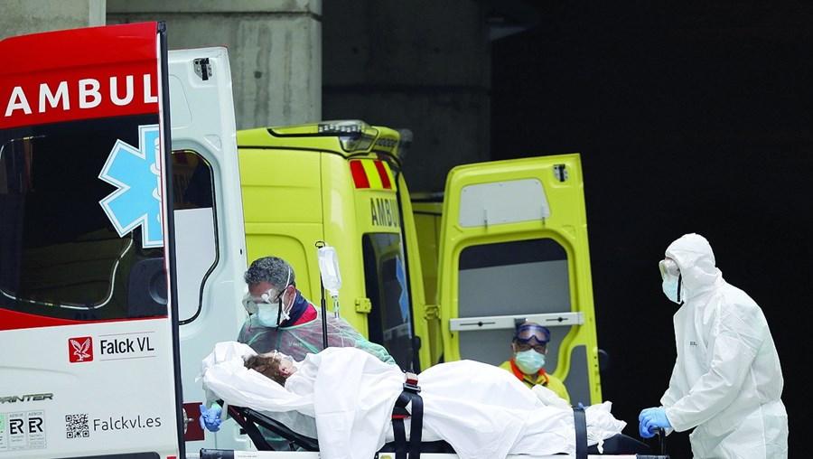 Mortes por coronavírus em Espanha