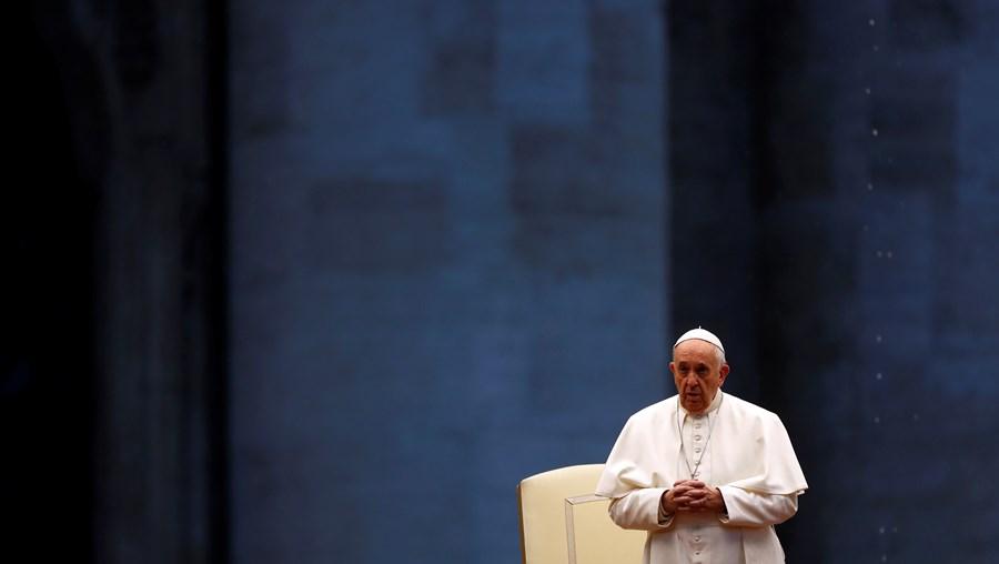 Papa Francisco celebra missa na Praça de São Pedro, no Vaticano
