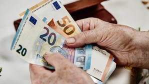 Taxa de desemprego sobe em outubro para 8,4% na zona euro e 7,6% na UE