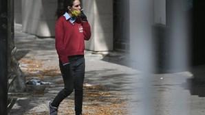 Várias comunidades espanholas querem seguir Galiza e proibir as pessoas de fumar na rua. Saiba quais