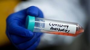Coronavírus contamina ar e superfícies até quatro metros de um doente