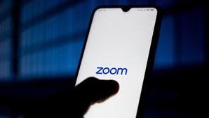 Natal pelo Zoom? Plataforma remove limite de 40 minutos para chamadas durante épocas festivas
