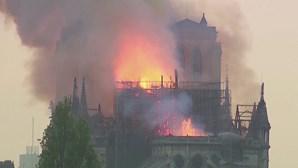 "Conto ""Notre-Dame"" de Ken Follet financia restauro de catedral gótica francesa"