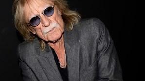 Cantor francês Christophe morre vítima de doença pulmonar