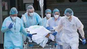 "Segunda vaga de coronavírus ""afetará mais jovens"", alertam especialistas"