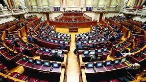 Parlamento de acordo com decisão de honrar Aristides de Sousa Mendes no Panteão Nacional