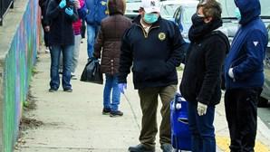Inscrições semanais no desemprego baixam ligeiramente nos EUA