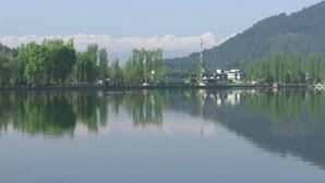 Confinamento reduz poluição e há quem veja cordilheira dos Himalaias pela primeira vez