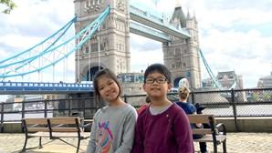 Duas crianças vietnamitas fazem doação de 20 mil máscaras ao Reino Unido