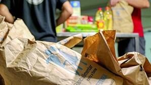 600 mil pessoas pedem comida para sobreviver devido à crise gerada pela pandemia de coronavírus