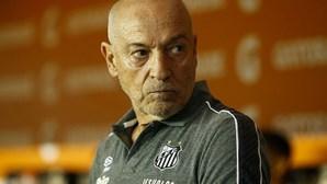 Jesualdo Ferreira e equipa técnica rescindem contrato com o Santos