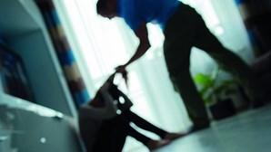 Governo lança nova campanha nacional de combate à violência doméstica centrada na testemunha