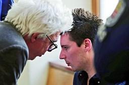 Rui Pinto, na foto com o advogado William Bourdon