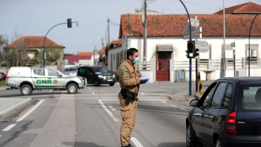 Polícia controla movimentações nas estradas de Ovar