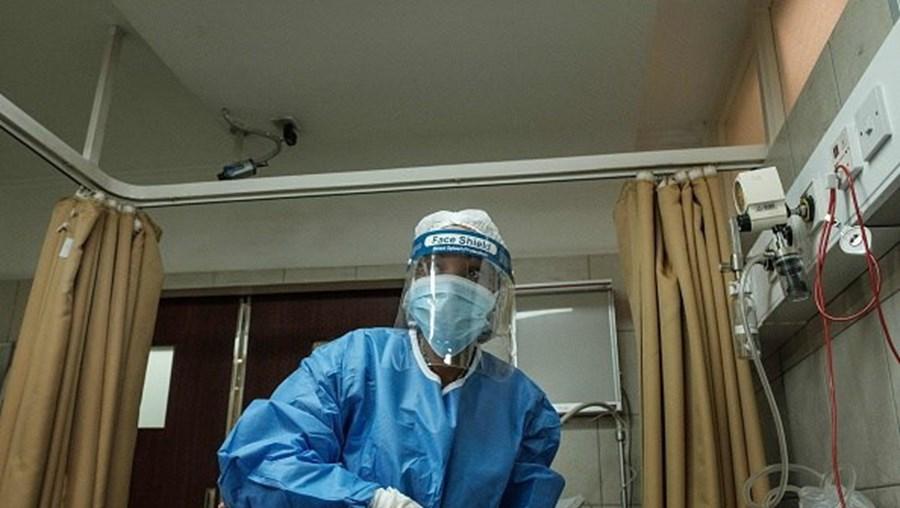 Número de mortos em África por coronavírus aumenta para 693