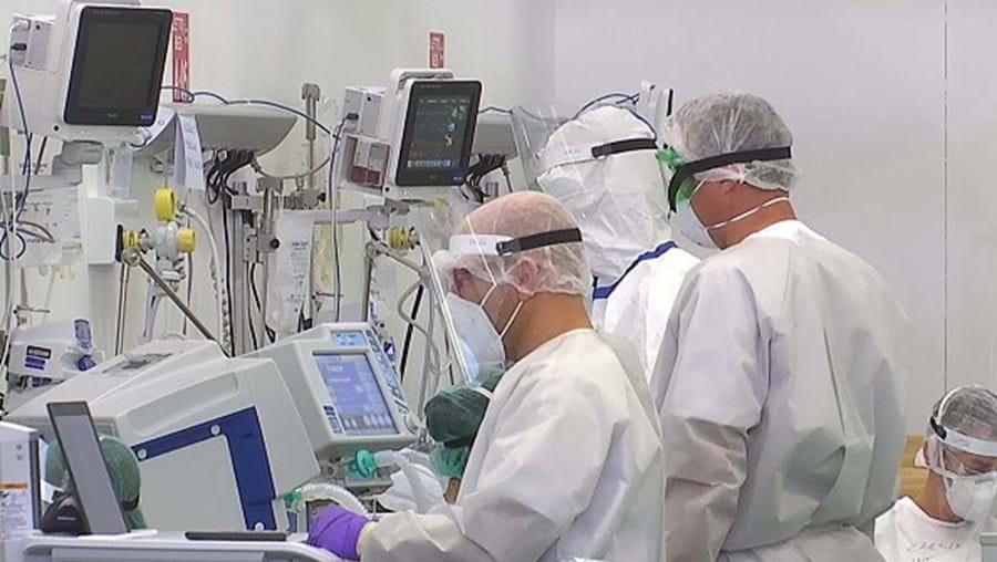 Médicos no combate ao coronavírus