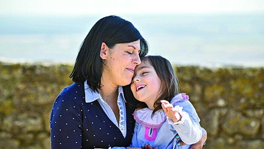 Susana e Laura de sete anos