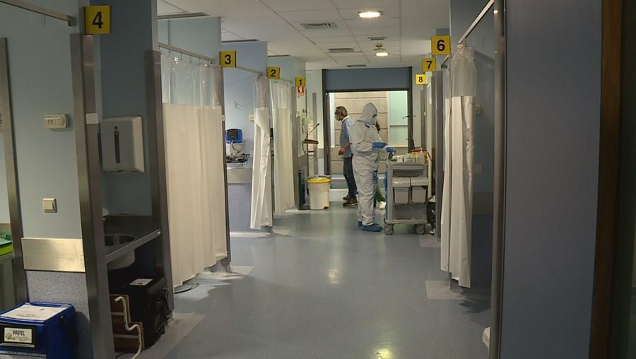 Cuidados intensivos no Hospital de São João, no Porto