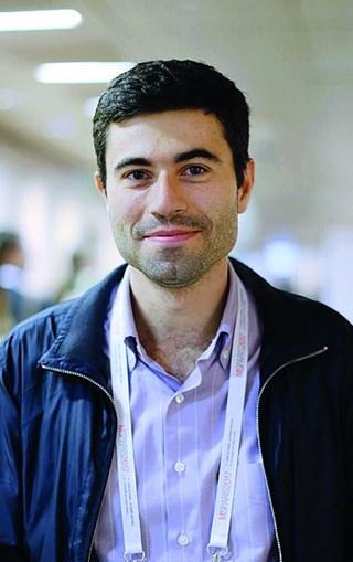 Filipe Palavra é neurologista