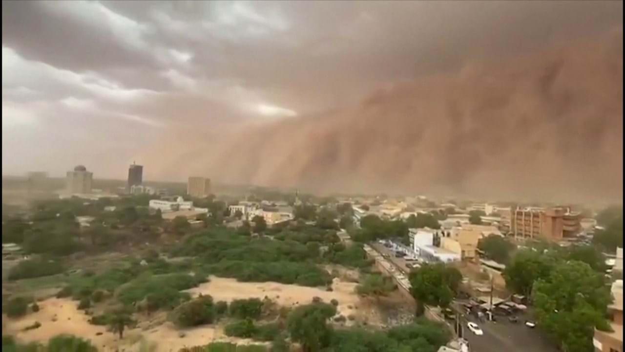 Tempestade de areia atinge Níger - Vídeos - Correio da Manhã