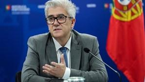 """Governo admite """"estabilização"""" da pandemia de Covid-19 em Portugal mas não se deve """"baixar a guarda"""""""