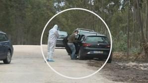 Corpo de Valentina terá sido transportado no banco traseiro do carro. Veja as imagens da reconstituição