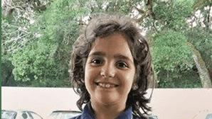 Família em guerra pela custódia das meias-irmãs de Valentina