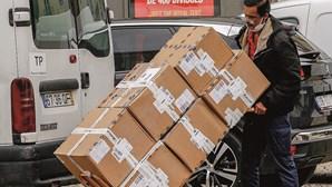 Coronavírus causa quebras recorde na economia do País