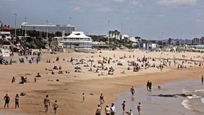 Reabertas praias de Cascais e interditados banhos no Magoito em Sintra