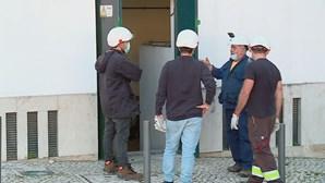 Curto-circuito obriga a evacuar lojas e edifícios no centro de Lisboa