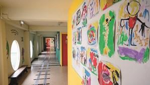 Crianças do pré-escolar regressam hoje aos jardins de infância