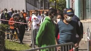 Emigrantes portugueses na Suíça recebem ajuda alimentar